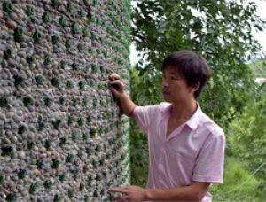Китайский архитектор построил офис из переработанных пивных бутылок