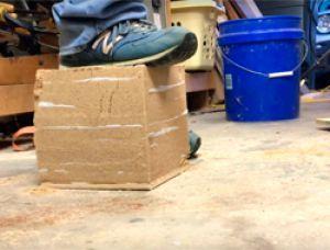 Ультрапрочный кирпич из земли и бумаги: основы экостроительства